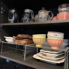 ヤンキーキャンドル ネオカージャー ピンクサンド(部屋用)を使ったクチコミ「キッチン背面のカップボード収納に 無印良…」