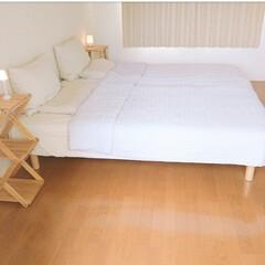 ナチュラルインテリア/シンプルインテリア/寝室インテリア/寝室/無印良品週間/ベッド/... 寝室ですがシンプルに掃除しやすくしていま…