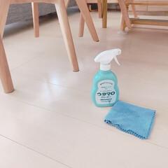 ウタマロクリーナー | ウタマロ(その他洗剤)を使ったクチコミ「スプレーして拭くだけで簡単なフローリング…」(1枚目)