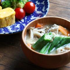 豚肉と野菜のお味噌汁/味噌汁/お味噌汁 ✎今日のお味噌汁。 豚肉と野菜のお味噌汁…