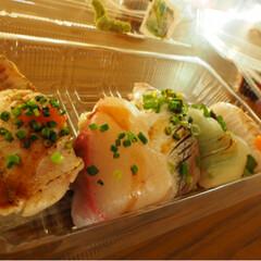 美味/唐戸市場/お寿司/至福のひととき 下関市の唐戸市場のお寿司!! ネタがぶち…