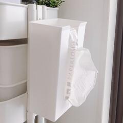 RÅSKOG ロースコグ ワゴン | イケア(キッチンワゴン)を使ったクチコミ「キッチンペーパーもスッキリ収まる ホルダ…」