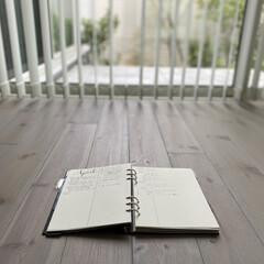 ボールペン シグノ UM151.33 極細 青 10本(ボールペン)を使ったクチコミ「季節ごとにやることを、ノートに付けていま…」