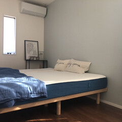 ガーゼケット/ガーゼ/ブルーグレー/ブルーグレーの壁/アクセントクロス/シングルベッド/... 寝室🛌  寝室は寝るだけなので、できるだ…