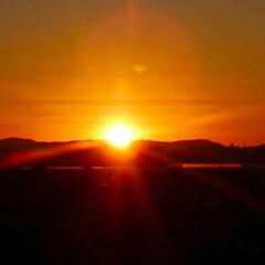 朱色/日の出/綺麗 家から写した日の出