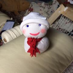 クリスマスインテリア/雪だるま/靴下リメイク/子供部屋/トイレ/玄関/... 白のハイソックスをリメイクして 雪だるま…(2枚目)