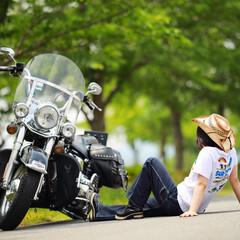 ハーレーダビッドソン/バイク/令和元年フォト投稿キャンペーン/はじめてフォト投稿/フォロー大歓迎 新緑とバイク女子