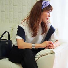 コラボスカーフ/ANNA SUI/ユニクロ/ママコーデ/ママファッション/スカーフアレンジ/... 以前はハチマキのように、首の後ろで結んで…