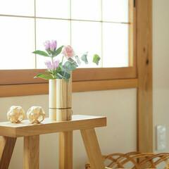 かご/木のぬくもり/シンプルインテリア/ナチュラルインテリア/花瓶/花のある生活/... 花を飾ると部屋がなんか 明るくなるような…
