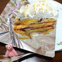 バナナケーキ/BASEL/cake/ご褒美スイーツ/フォロー大歓迎/至福のひととき/... 近所のBasel ランチに行ったけど、ケ…