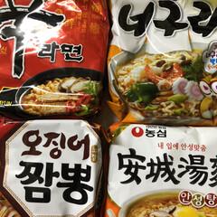 インスタントラーメン/じゃがいも麺/辛い麺/鶴橋コリアンタウン 鶴橋のコリアンタウンでインスタント麺買い…