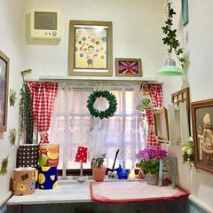 カフェ風/カフェ風インテリア/格子窓/トイレインテリア/トイレDIY/雨季ウキフォト投稿キャンペーン/... 我が家のおトイレです。 一人で頑張って格…