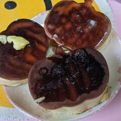 ホットケーキ/ダイソー 焦げた〜😅シリコン型の底がかなり薄く作ら…