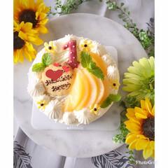 夏スイーツ/桃のケーキ/桃/手作りスイーツ/手作りケーキ/お誕生日ケーキ/... お友達の次女ちゃんへ✨一歳のお誕生日おめ…