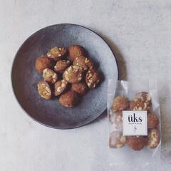 """フィナンシェ/珈琲/ナッツ/コーヒー/甘さ控え目/焼き菓子/... Financier . """"walnuts…"""