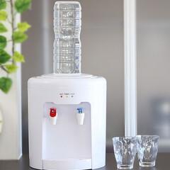 ウォーターサーバー/飲料水/ペットボトル/温冷 市販の2リットル飲料水ペットボトルが使え…