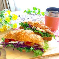 サンドイッチ弁当/ダイソー/お弁当/キッチン/リミアな暮らし クロワッサンのサンドイッチ ・ベーコン、…
