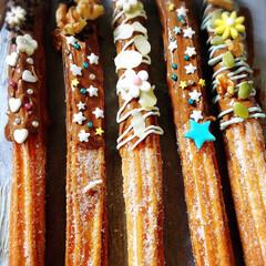 チュロス/スティックケーキ/お菓子作り/yummy/Homemade/令和の一枚/... スティックケーキと チュロス💖可愛く出来…(2枚目)