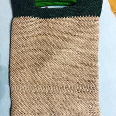 ツートンカラー/リバーシブル/かぎ針編み/レザー/ダイソー/100均/... かぎ針編みバッグやっと完成😊 中にも布を…
