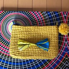 カバン/ポーチ/マグネットホック/アフリカ布/100均/雑貨/... かぎ針編みポーチポンポン付き。 リボと裏…