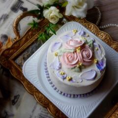 フラワーケーキ/お花絞り/ショートケーキ/雨季ウキフォト投稿キャンペーン/令和の一枚/はじめてフォト投稿/... ♡o。 ..:*♡o。 ..:*♡o。 …