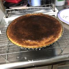 朝からかちゃかちゃ/旦那さん作/食べるのまだまだ先になりそう/生焼け/サツマイモケーキ/手作りケーキ/... なんから朝からかちゃかちゃしてると思った…