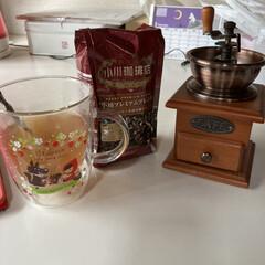 ミルはニトリ/豆は平和堂/どんどんコーヒーにハマりそう/あっさりスッキリ/初めて豆で挽いた/小川珈琲店プレミアムブレンド/... ニトリでコーヒーミルを買って初めて豆で挽…(2枚目)