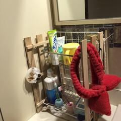アクセサリー収納/洗面室収納/ヘアアイロン収納/DIY収納/収納/簡単/... 我が家の洗面室ー ここは何故か鏡が2枚あ…(2枚目)