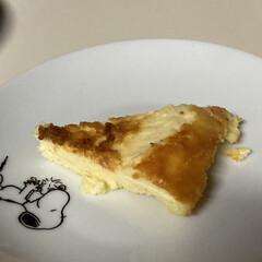でも美味しかった/失敗しました/手作りケーキ/チーズケーキ/炊飯器ケーキ/おうちごはん/... 久々の手作りケーキ 今回はチーズスフレケ…