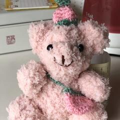 イチゴくまちゃん/編み物/あみぐるみ/雑貨/100均 モコモコ毛糸でイチゴくまちゃん編みました…
