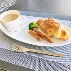 食器/朝ごはん/フォロー大歓迎/おうち/フード/ごはん おはようございます。 大みそかの朝は、ゆ…(1枚目)