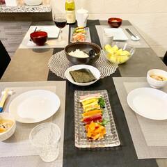 ナハトマン/手巻き寿司/家族/ごはん/おうちごはん 今日のご飯は手巻き寿司。 子ども達は喜ん…