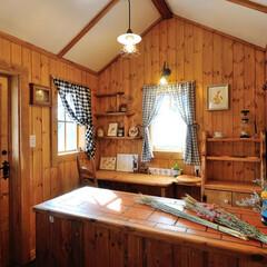 小屋/アトリエ/ミニハウス/キット/カントリータウン/かわいい家/... カントリー調の素敵なアトリエの室内 小さ…