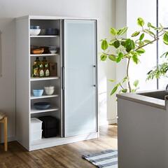 食器棚/引き戸/幅100cm/高さ165cm/とり易い/収納/... コンパクトな高さ設計。 引き戸タイプの食…