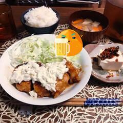 我が家のテーブル 今日もおいしいご飯🍚が食べれるのはこのテ…