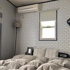 壁紙 リフォーム/リノベーション 寝室の壁紙を張り替えました