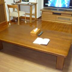「我が家のテーブル」/我が家のテーブル まだ若い時に買ったテーブルです。 優に3…(1枚目)