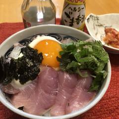 海鮮丼/本日の晩御飯/暮らし  日曜日 久しぶりの外出 近くのスーパー…