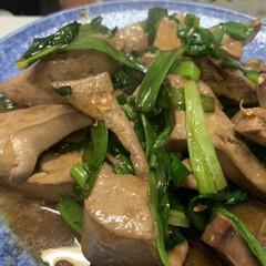 酢/中華だし/白ゴマ/三温糖/ハム/カニカマ/... 昨日の夕飯。  豚レバニラ炒め。  塩水…(1枚目)