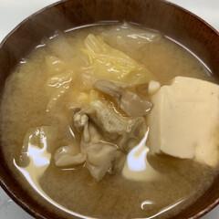 夕飯/豆腐/白菜/舞茸/シーチキン/ハム/... 昨日の夕飯  冷凍ストックしてあった ハ…(4枚目)