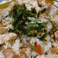 ワンタンスープ/かつお節/料理酒/しょうゆ/しょうが/三温糖/... 今日の夕飯   混ぜご飯。  でた❗️得…(1枚目)