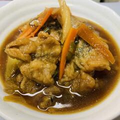 三温糖/いわゆる天つゆ?/長ネギ/にんじん/ピーマン/イワシの天ぷら/... 夕飯〜❗️  揚げに揚げた イワシ。  …