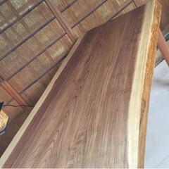 全国発送します♪/インスタグラム/ダイニングテーブル/1枚板テーブル/無垢テーブル ☆杉無垢テーブルつくります♪ サイズオー…(4枚目)