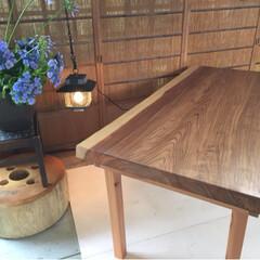 全国発送します♪/インスタグラム/ダイニングテーブル/1枚板テーブル/無垢テーブル ☆杉無垢テーブルつくります♪ サイズオー…(3枚目)