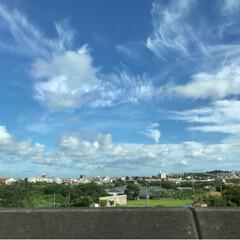 フォロー大歓迎/Instagram/写真好きと繋がりたい/写真/ダンス/青空/... 雲は大胆な動きを見せます。 まるで踊って…