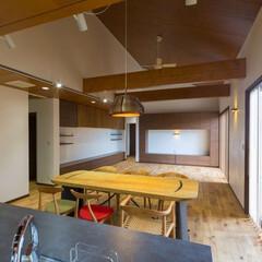 リビング 稲毛の家  設計:伊左次建築設計事務所 …