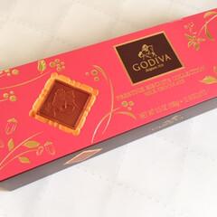 美味しいモノ/いただき物/ゴディバ/チョコクッキー/嬉しい/ありがとうございます 今日の美味しいモノ。 お友達からいただき…