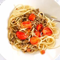 ご飯/パスタ/ピカール/冷凍パスタ/本格的/レンジでチン/... しあわせご飯。 今日のお昼ご飯は、ピカー…(1枚目)