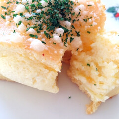 私のご飯/六花亭喫茶室/チーズスフレケーキ/あつあつ/わたしのごはん スフレの柔らかさが伝わるでしょうか。 ス…