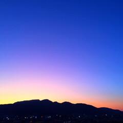 今日の空/夕日/マジックアワー/夕暮れ時/天気/景色/... 今日の空。 夕暮れのマジックアワー。 魔…